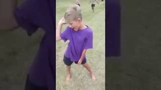 Download Small white boy dances to 'Wololo' Video