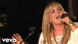 Download Grace Potter and the Nocturnals - Paris (Ooh La La) + Medicine (Live from the Artists Den) Video
