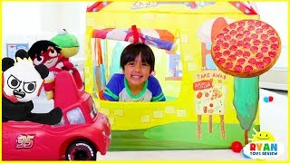 Download Ryan Drive Thru Pretend Play with Pizza + Power Wheels Ride On Car!!! Video