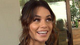 Download ET Kicks Off Holiday Season With Vanessa Hudgens' 'Friendsgiving' Video