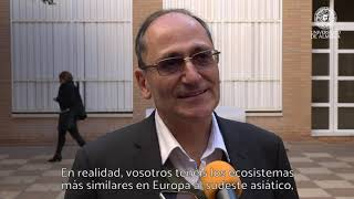 Download Hossein Akahni imparte una conferencia en los viernes científicos de la UAL Video