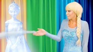 Download SCHOOL TALENT SHOW. (Princess Belle, Rapunzel, Jasmine, Elsa and Anna do Magic Tricks) Totally TV Video