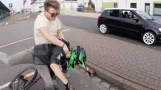 Download Stupid, Crazy & Angry People Vs Bikers 2018 [Ep.#326] Video