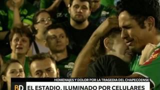 Download Todo se tiñó de verde en homenaje a Chapecoense - Telefe Noticias Video