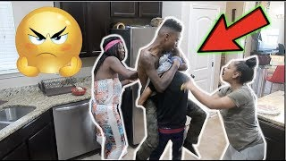 Download I LIKE YOUR FRIEND DEE PRANK ON FUNNYMIKE!! (GETS ANGRY) Video