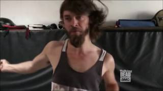 Download Talking Dead - Tom Payne's fight training Video