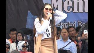 Download Via Vallen - Pikir Keri LIVE Gor Wisanggeni Tegal Video