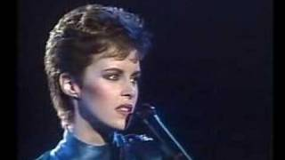 Download Sheena Easton - For Your Eyes Only Video