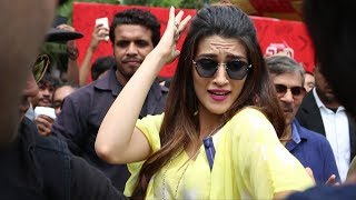 Download Red Fm Does Flash Mob at Dilli Haat with Bareilly Ki Barfi Video