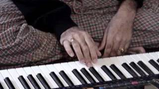 Download Harmonium Lesson 14B - Manasa Bhajare Guru Charanam - Saibaba Bhajan Video