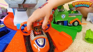 Download Genevieve Opens Paw Patrol Mini Boos Surprise Toys! Video