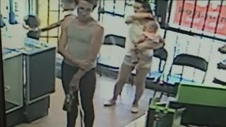 Download Watch Man Attempt To Kidnap 4-Year-Old Girl Right In Front of Her Mom Video