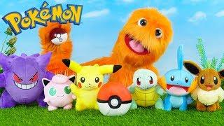 Download Fuzzy Puppet plays Pokemon go! New Pokemon Toys Battle Huge Unboxing // Fuzzy vs Pikachu for kids! Video