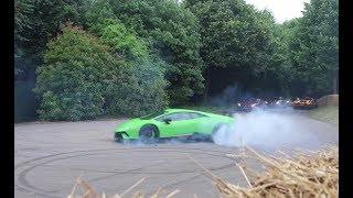 Download SUPERCARS DO DONUTS! Huracan Performante, New Ford GT Video