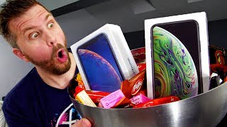Download I Gave Out $1000 iPhone XS for Halloween! Reactions Were Priceless! Video