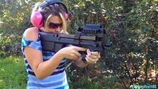 Download FN P90 (5.7x28mm) Video