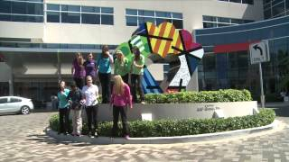 Download PHARRELL WILLIAMS - HAPPY - (JOE DiMAGGIO CHILDREN'S HOSPITAL) Video
