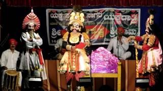 Download Yakshagana 2016-Haasya 02-Sri Ramesh Bhandari as Daaruka Video