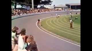 Download Danny Clark- Burnie wheel race 1977 Video