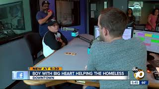 Download Former Chargers player surprises 10-year-old helping the homeless Video