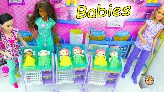 Download Baby Secrets At Barbie Hospital - Surprise Bath Tub Blind Bag Babies with Color Changing Diaper Video