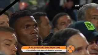 Download Multitudinario homenaje a víctimas de Chapecoense en el Atanasio Girardot Video