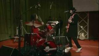 Download The White Stripes - Blue Orchid (live From The Basement, November 2005) Video