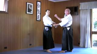 Download Basic Aikido techniques Video