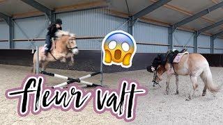 Download Vlog#42 Fleur probeert Max te temmen en valt... Video