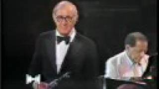 Download Don't be that way-Stompin' at the Savoy - Benny Goodman 1980 Video