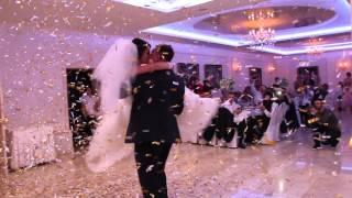 Download Красивая песня на первый танец и пушка конфетти 07.11.15 arthall.od.ua Video