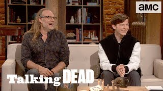 Download 'What is it Like to Act with Only One Eye?' Fan Questions Ep. 809 | Talking Dead Video
