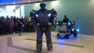 Download TITAN THE ROBOT.mp4 Video