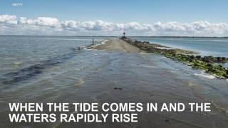 Download Passage du Gois is a disappearing road in France Video