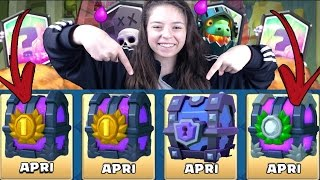 Download LA MIA RAGAZZA APRE 2 BAULI DA 2000 CARTE UNO SUPERMAGICO E UNO DOPPIO ELISIR! | CLASH ROYALE ITA Video