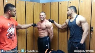 Download Marc Lobliner Flexing With Hodgetwins @hodgetwins Video