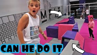 Download SUPER TRAMPOLINE OBSTACLE COURSE Video