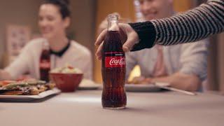 Download Tam kıvamında karnıyarık yanında buz gibi bir Coca-Cola #TadınıÇıkar Video