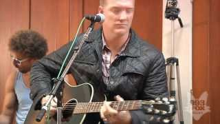 Download Queens Of The Stone Age - Make It Wit Chu (Fox Uninvited Guest) Video
