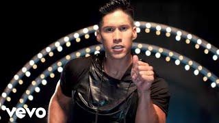 Download Chino y Nacho - Tú Me Quemas ft. Gente De Zona, Los Cadillacs (Video Oficial) Video