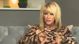 Download Suzanne Somers On Her Anti-Aging 'Bombshell' Video