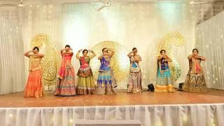 Download Sangeet Emotional Dance by bride's side Video