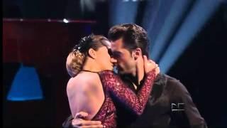 Download Adamari López baila tango - MQB Video
