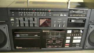 Download MITSUBISHI TX-L50 ULTRA RARE BOOMBOX GHETTOBLASTER 5 CASSETTES CHANGER AUTO REVERSE !!! Video