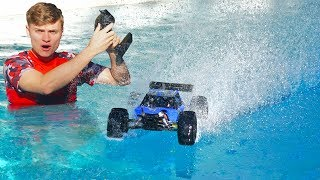 Download RC CAR DRIVES ON POOL!! Video