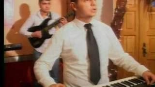 Download DUSAN PETROVIC - DUSANOVA PRSTOLOMKA Video
