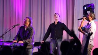 Download JASON UPTON Y MARCOS BRUNET - HERMOSO 2 Video