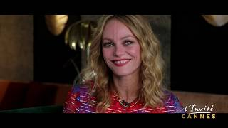 Download Vanessa PARADIS met un couteau dans le cœur de Cannes Video