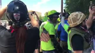 Download Thousands of Right Wingers Go Face to Face with Hundreds of ANTIFA Video
