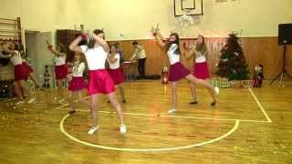 Download ~ Dans de Crăciun ~ Clasa a XI - a E, Colegiul Naţional ″ Unirea″ Tg-Mureş Video